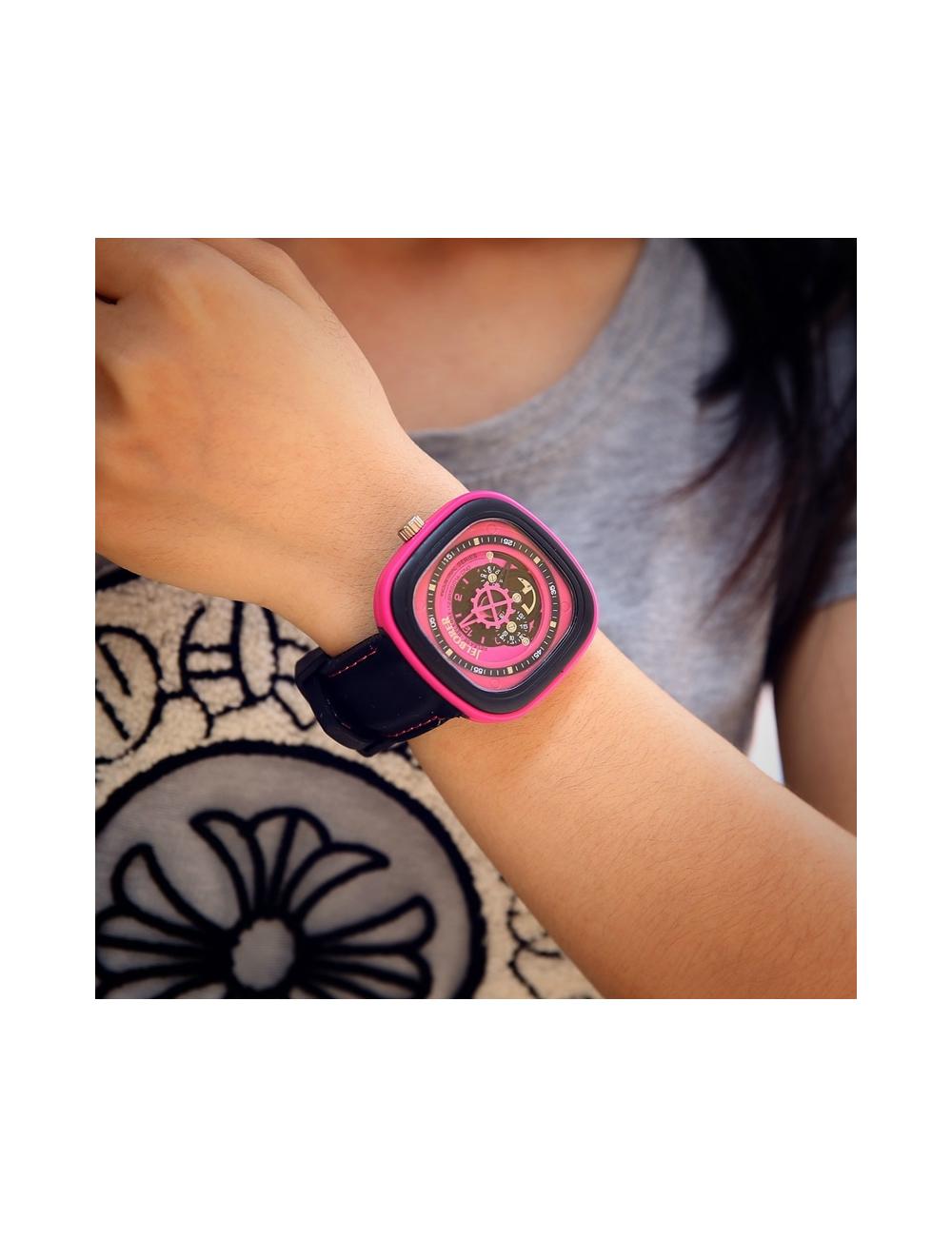 Reloj Rectangular Dayoshop 49,900.00